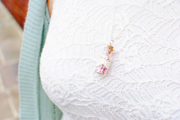 Pastel Spring Necklace DIY