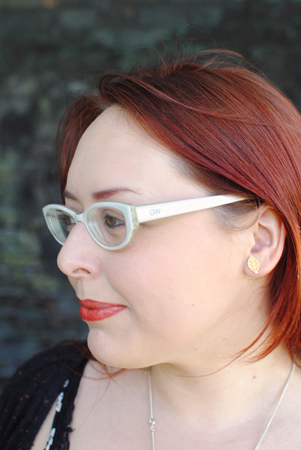 Glasses Wearing Bloggers