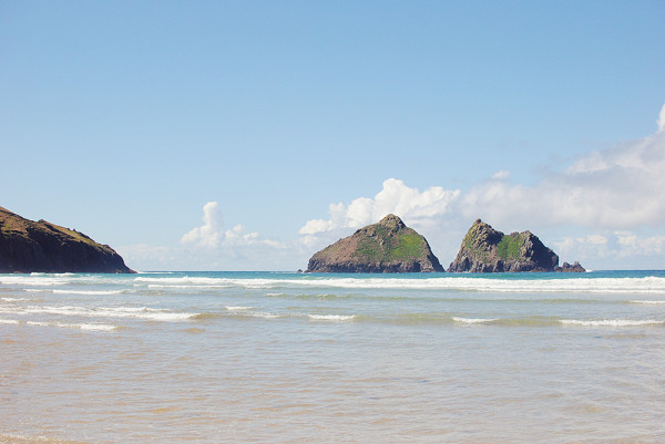 Best Beaches In Cornwall, Holywell Bay
