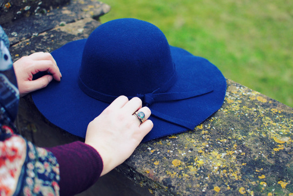 Best Winter hats, felt floppy hat in Navy with a cute ribbon detail