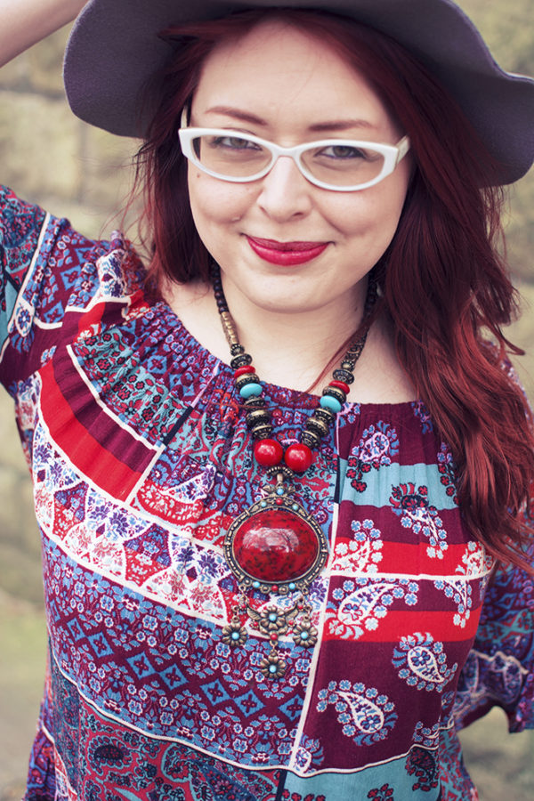 Leeds fashion blogger, red head blogger, cat eye fifties style glasses