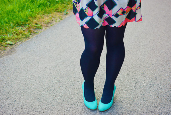 Neon Geometric Outfit Post
