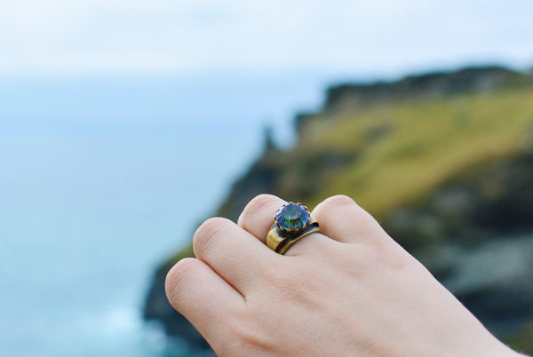 Black Willow Jewellery Light Lure Ring